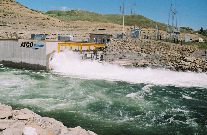 Emission-free, 32 MW Oldman River hydroelectric generating facility